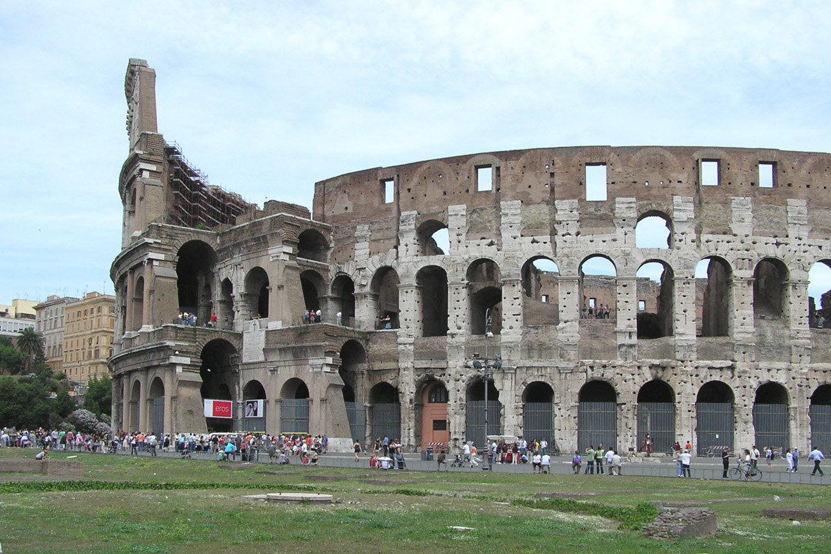 Colosseum Of Rome Pictures, History & Facts