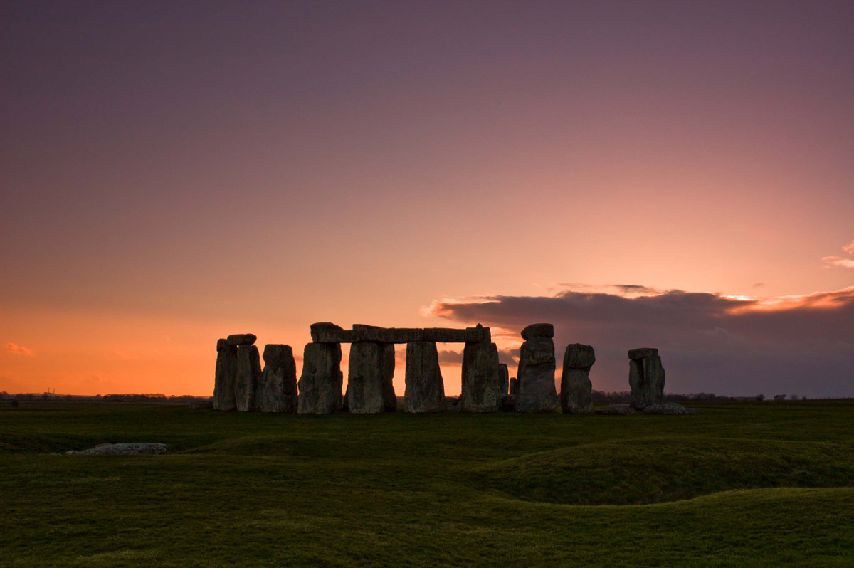 Stonehenge Pictures, Images & Facts