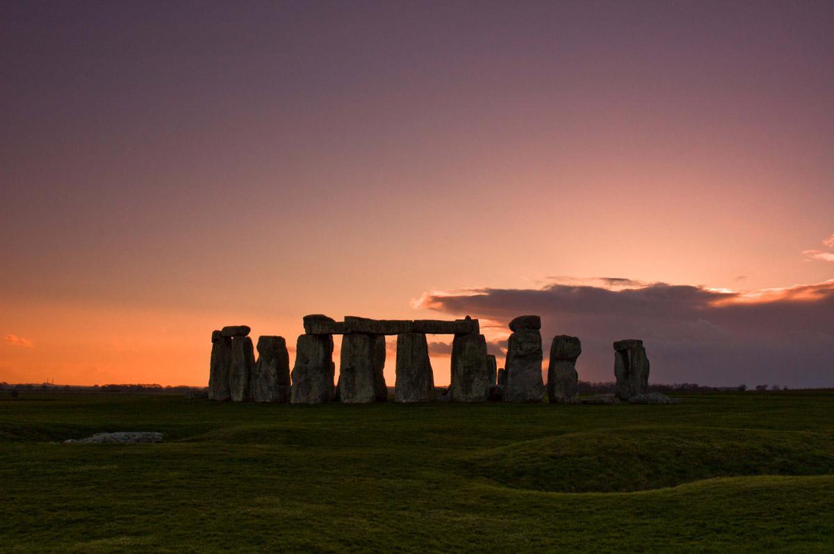 Risultati immagini per ancient britain stonehenge aerial view