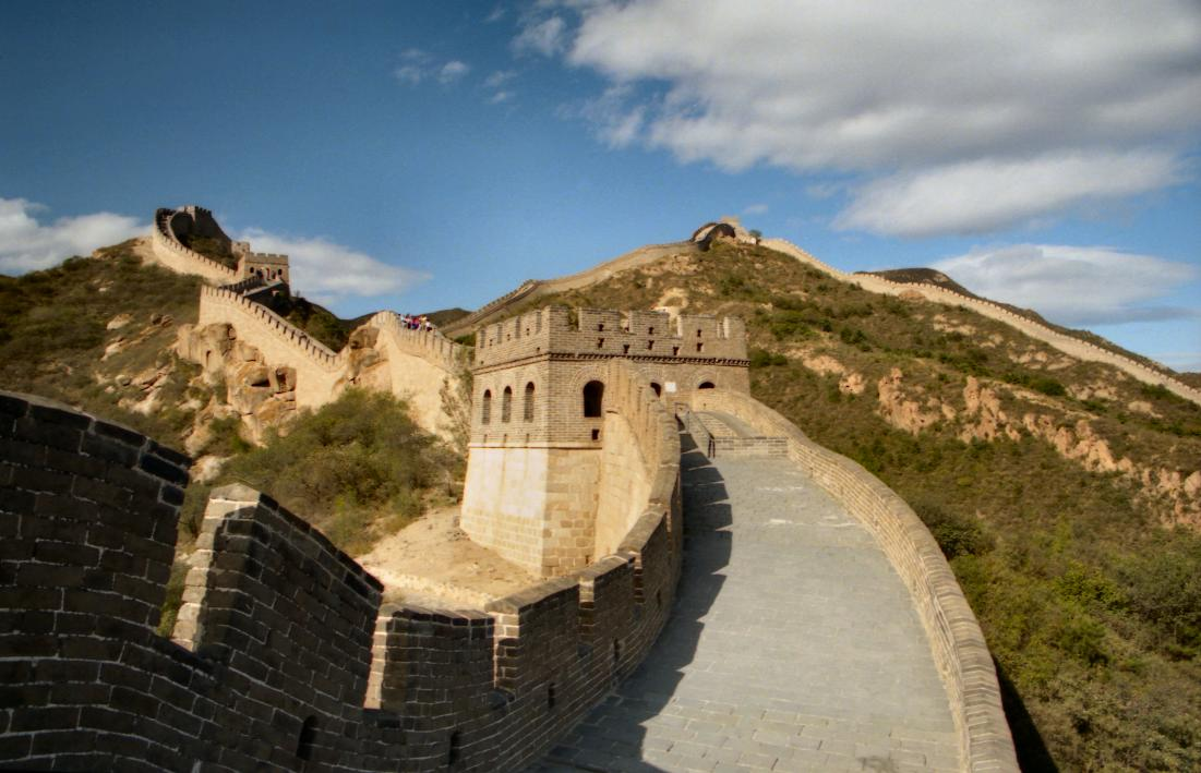 an introduction to the great wall of china The great wall of china, one of the wonders of the medieval world, is the largest  man-made structure ever built for centuries, it was built, re-built and expanded.