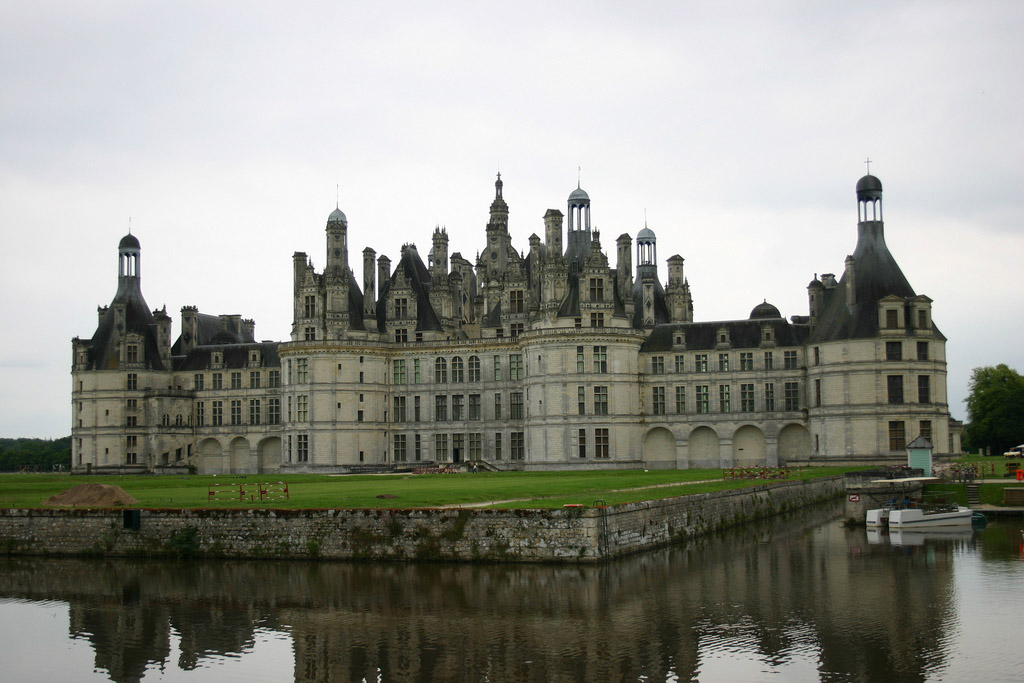 Famous French Architects chateau de chambord history, pictures & facts -