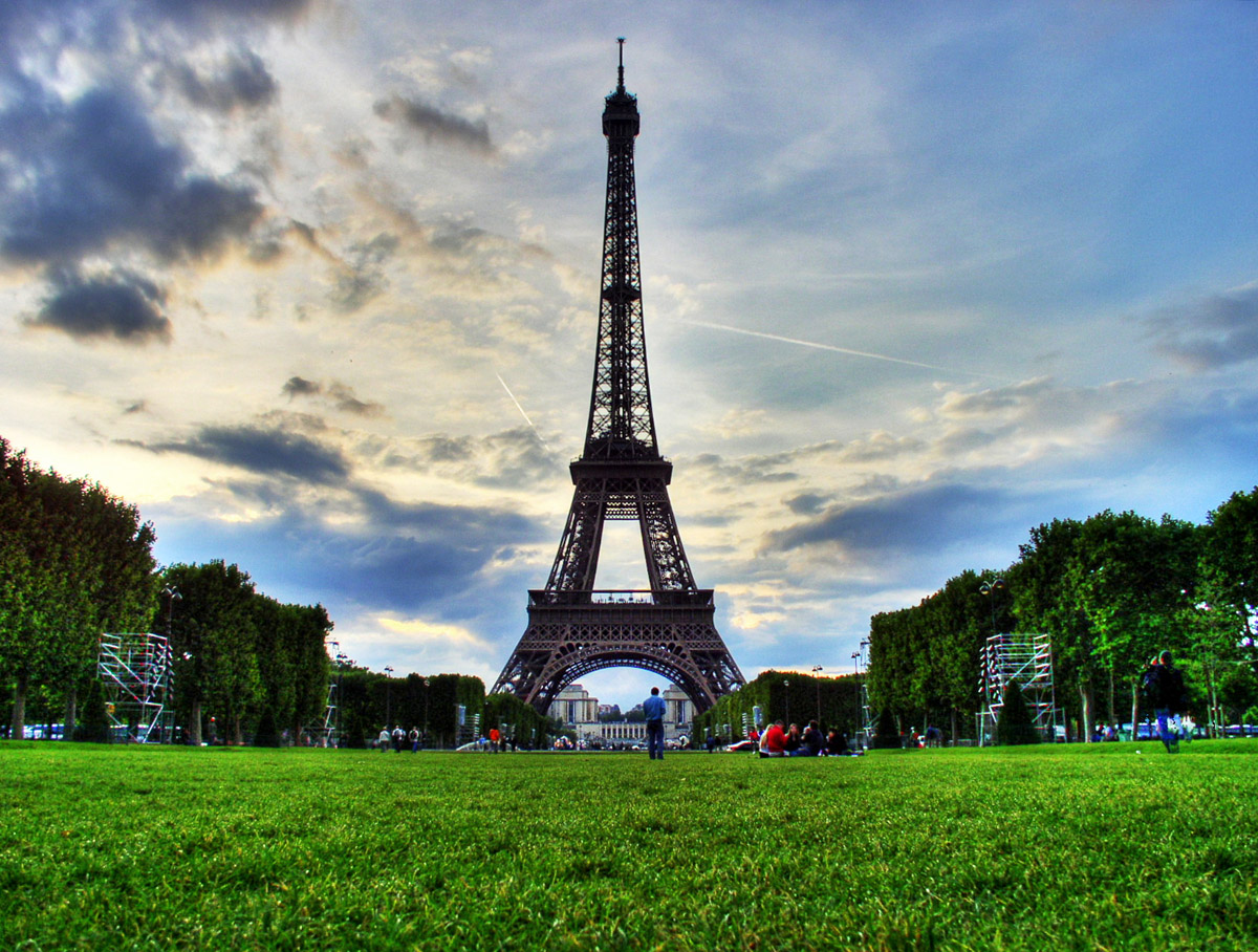 Eiffel Tower Pictures History Facts Location Paris