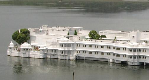 lake-palace-hotel-udaipur-thumgnail