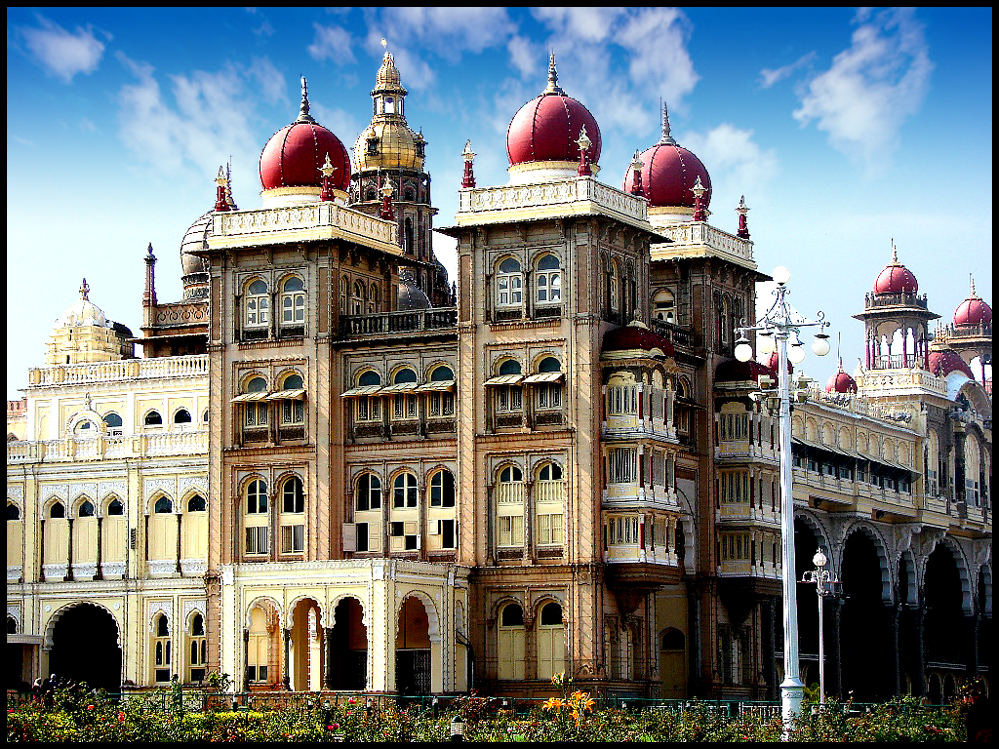 Mysore Palace History, Facts & Location – Mysore, India