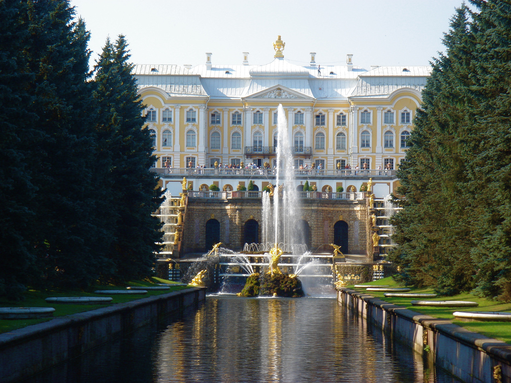 Interesting facts in the history of Peterhof 93