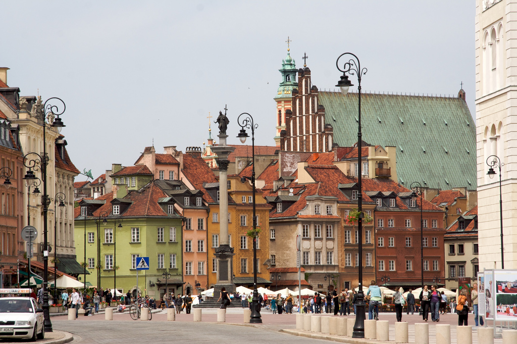 Warsaw Old Town Marketplace Tourist Information & Location Polandwarsaw town