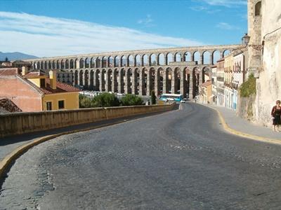 Aqueduct of Segovia 400