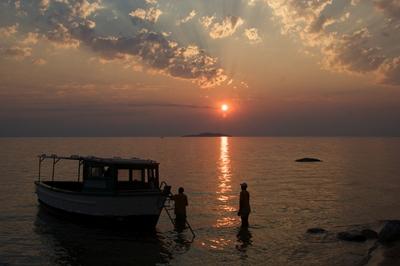 Lake Malawi 400