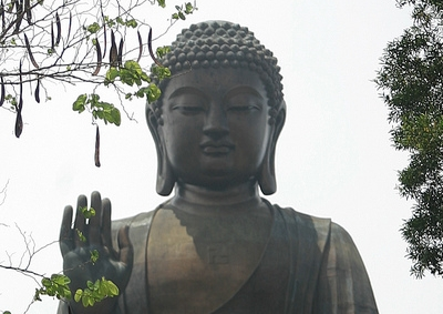 Tian Tan Buddha of Po Lin 400