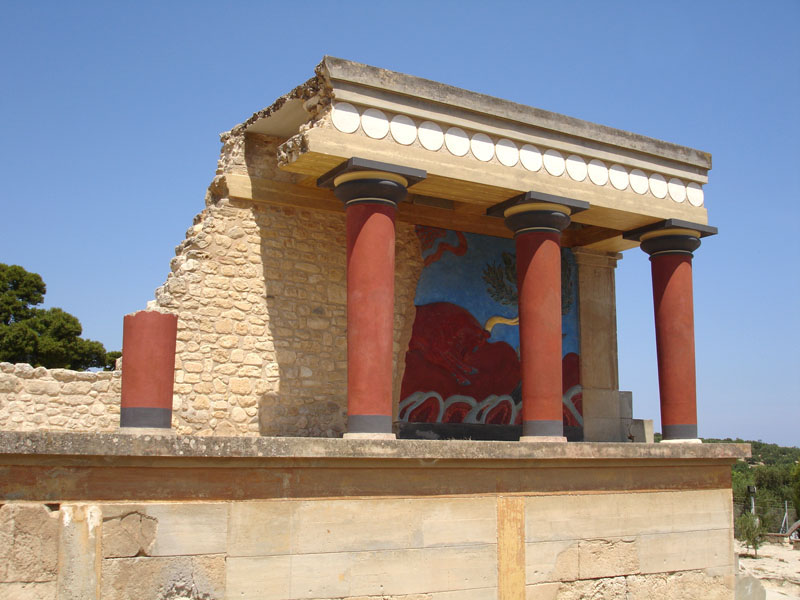 Knossos Palace History, Facts, Picture & Location