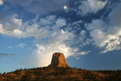 Devils tower 400