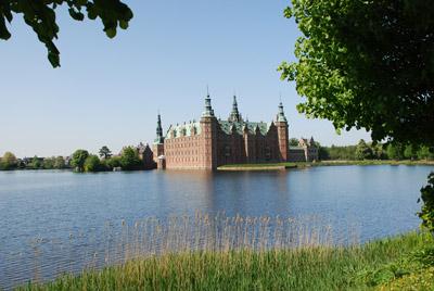 Frederiksborg Palace 400