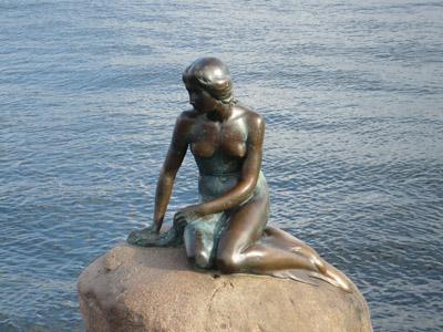 Little Mermaid Statue 400