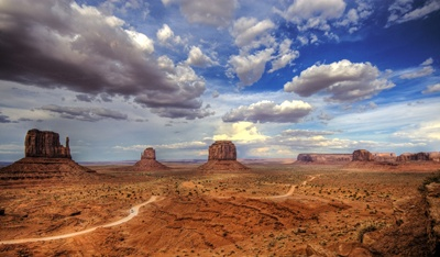 Monument Valley 400