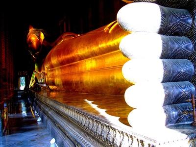Reclining Buddha 400