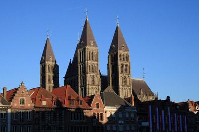 The Notre Dame de Tournai 400