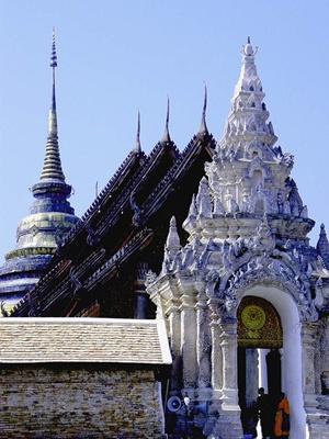 Wat Phra That Lampang Luang 400