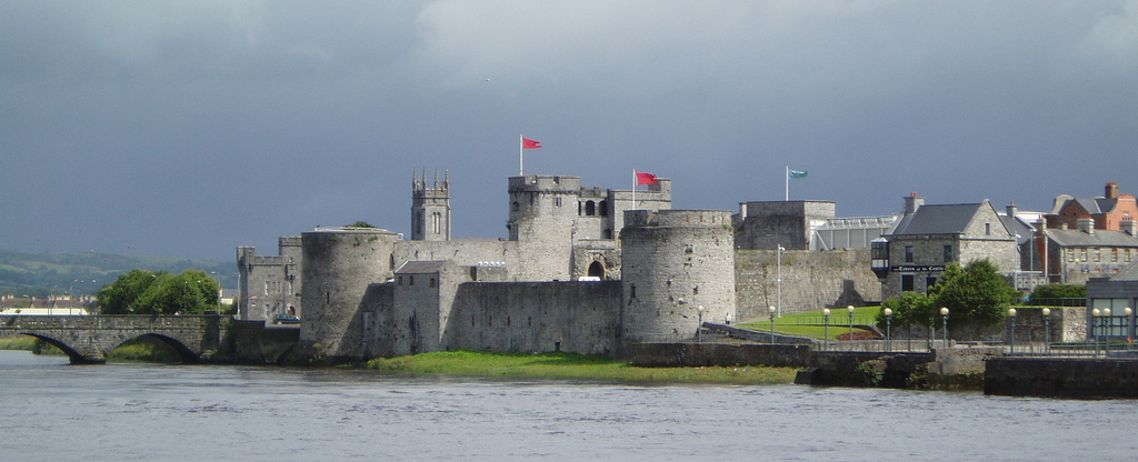 Limerick Ireland  city images : King John's Castle, also known as Limerick Castle