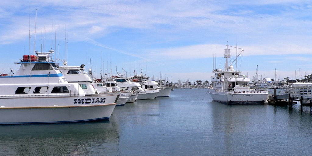 Famous wonders of the world best places to visit travel for Point loma sport fishing