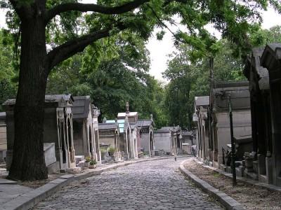 Pere-Lachaise-Cemetery-Paris