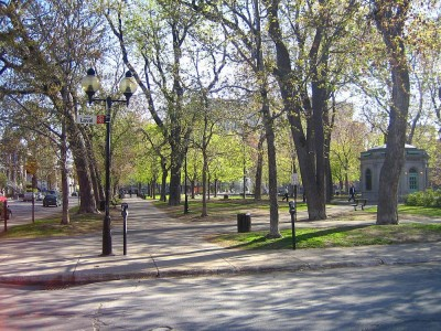 Saint-Louis-Square-(Montreal)